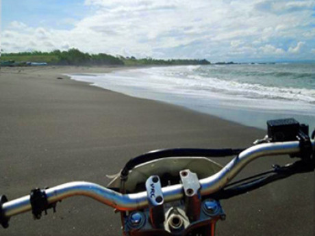 Tanah Lot Dirt Bike Tour