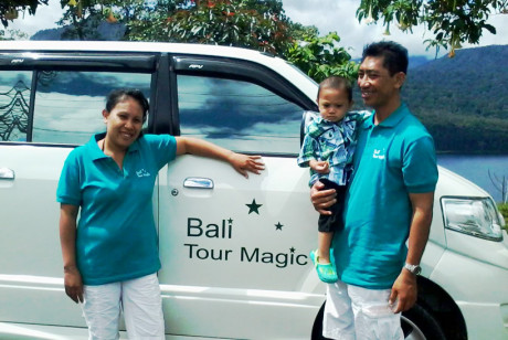 Bali Tour Magic     Family Album