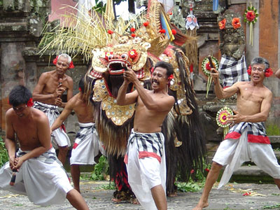 Kintamani tour includes cultural highlights like the Barong dance at Batabulan