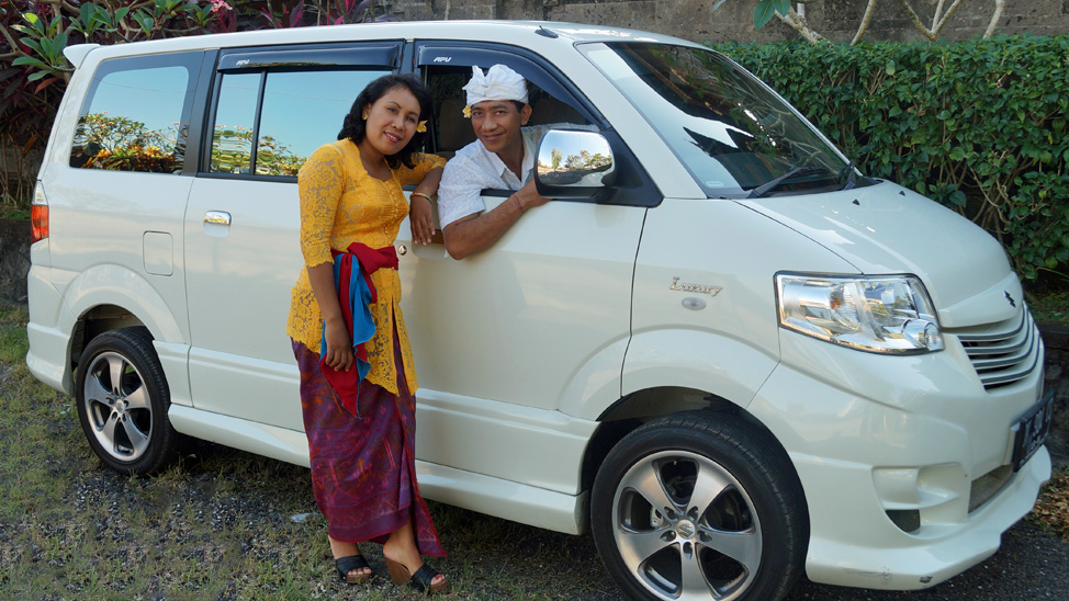About Us: Erna Nilawati and Gede Mustiada (Mus), Owner/Operators of Bali Tour Magic