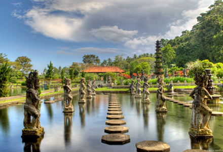 East Bali Tour Tirta Gangga on East Bali tour