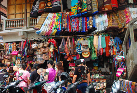 Ubud shopping is a shopaholics paradise! Tour Ubud and shop till you drop