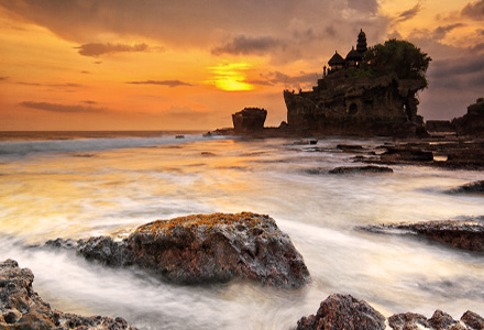 Bedugal Tanah Lot Tour sunset @ Tanah Lot