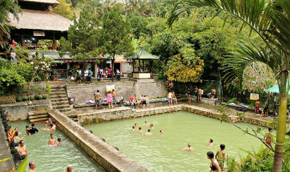 things to do in Bali - Banjar hot springs