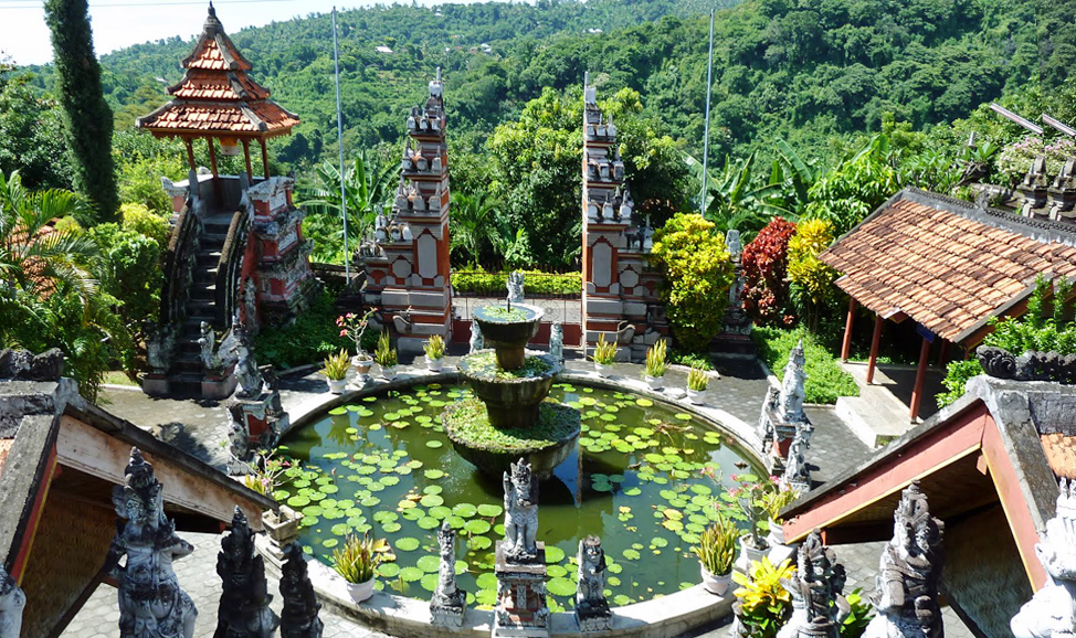 things to do in Bali - Brahma Arama Vihara Buddhist Monastery
