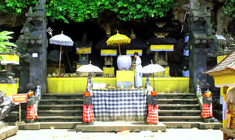 things to do in Bali - Goa Lawah Temple (Bat Cave),named for the thousands of (protected) bats living here.