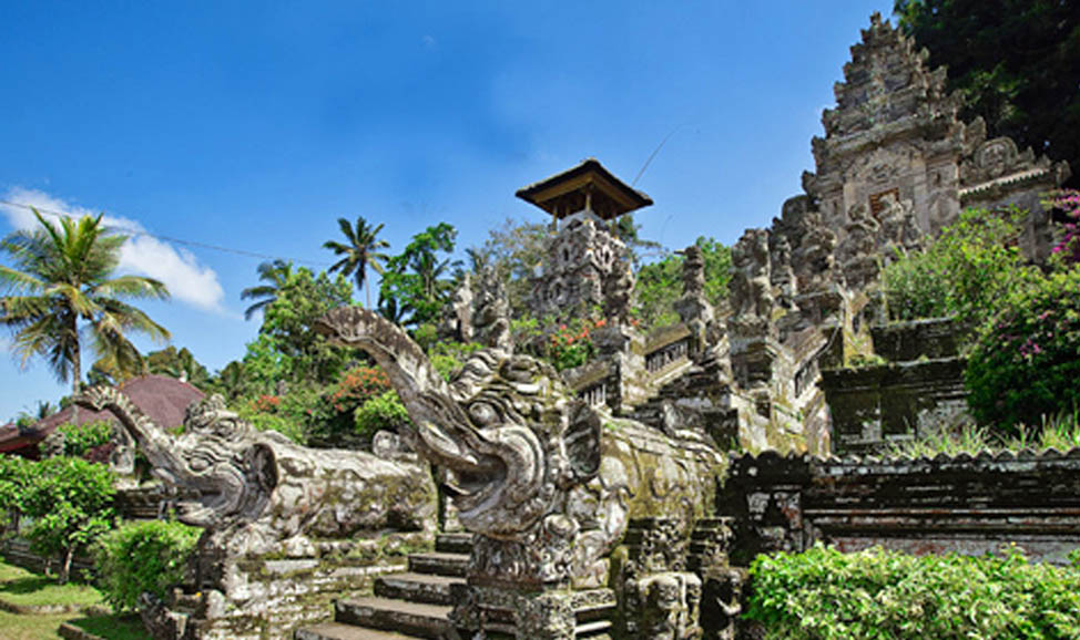 things to do in Bali - Kehen Temple, East Bali. Known as 'little Besakih' and sited on a mountain, its worth a visit for the stunning views alone.