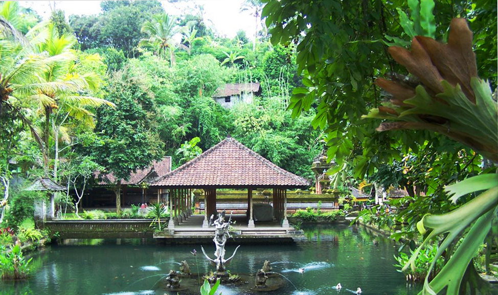 things to do in Bali - Luhur Temple, north Bali
