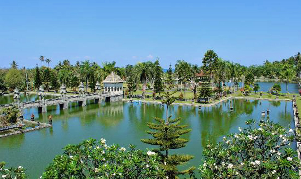 Things to do in Bali - Taman Ujung Water Palace, located southeast of Karangasem in east Bali.