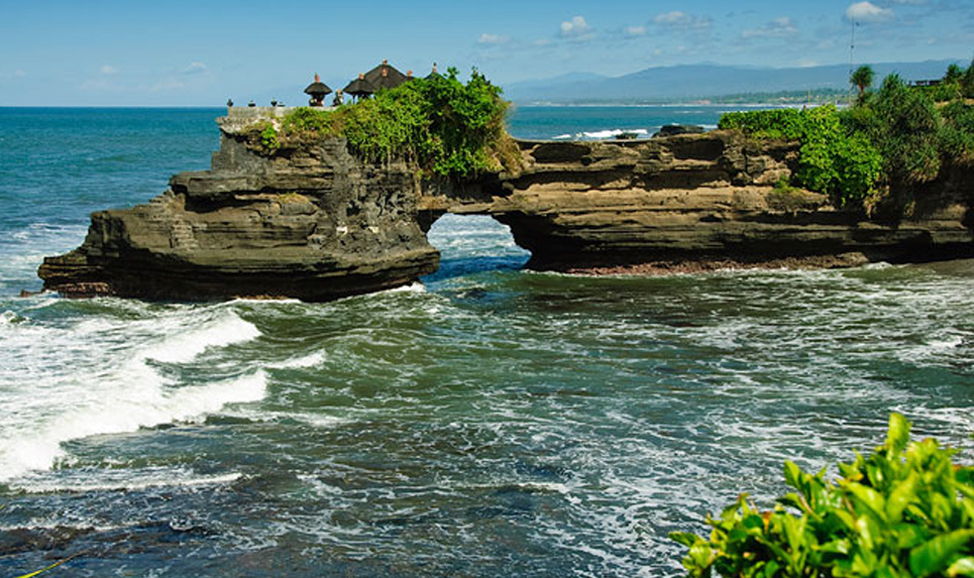 things to do in Bali - Tanah Lot walking trails - spend an hour or two walking the extensive trails of Tanah Lot for different vantage points & great photos