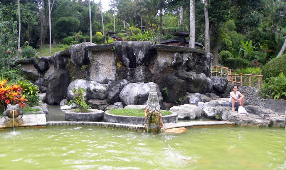 things to do in Bali - Yeh Panas hot springs, north Bali