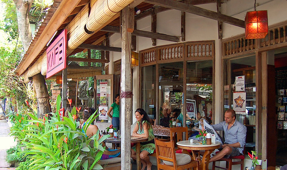 things to do in Bali, Ubud cafe scene - chill for a while with comfy decor, free WiFi, urban energy to tranquil views, live entertainment & every cuisine.