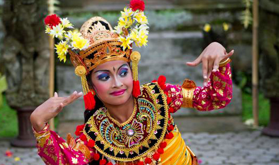 things to do in bali - Ubud offers many Bali dance performances in a number of Bali dance styles.